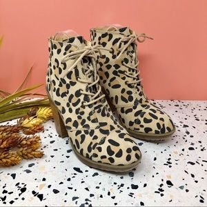 Urban Outfitters Victorian Leopard 90s Booties 8